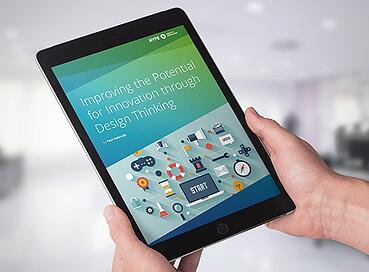 Rapport sur le Design Thinking lu sur une tablette